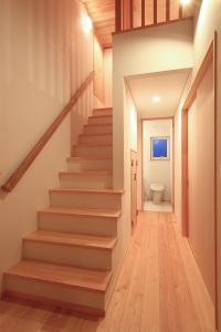 小屋裏階段